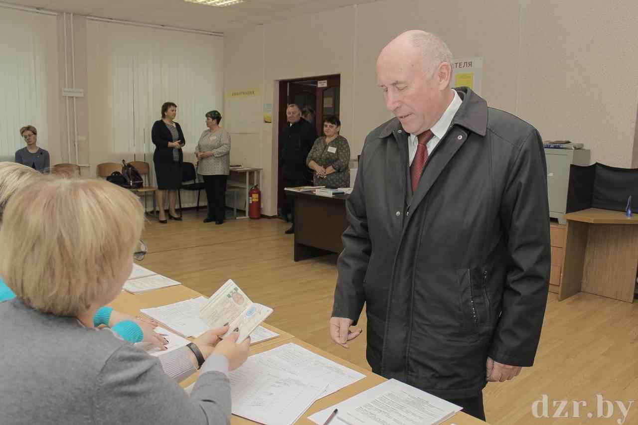 Как проходит голосование на Протасовском избирательном участке № 10