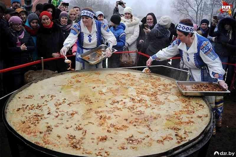 Самый большой блин на Масленицу испекут в парке-музее «Сула»