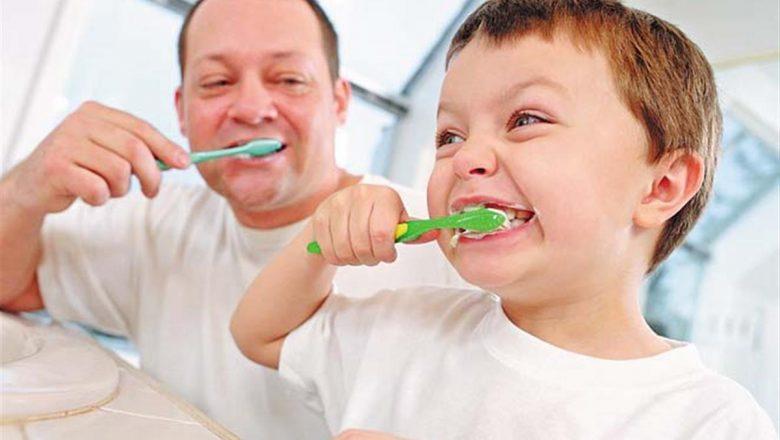 Рекомендации врача по гигиене полости рта ребенка во время летнего отдыха