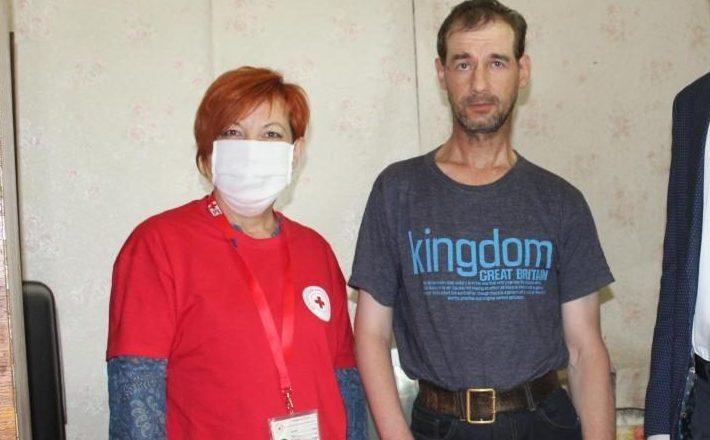 Когда мы вместе: Красный Крест и председатель Негорельского сельсовета посетили инвалида
