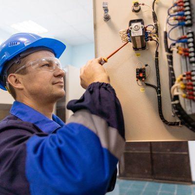 Дзержинский РЭС приглашает на постоянную работу