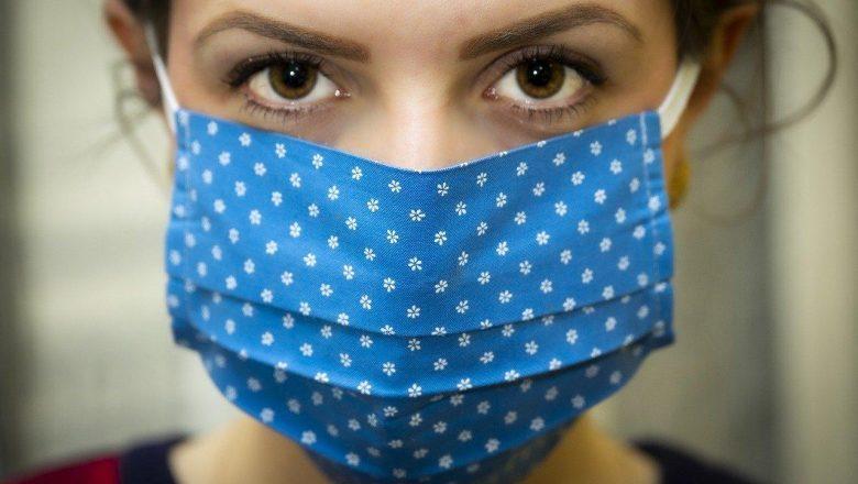 Эксперты рассказали, когда многоразовую маску пора менять