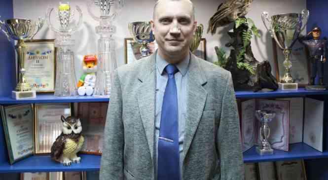 Председателю ветеранской организации Александру Анисовичу – 50 лет