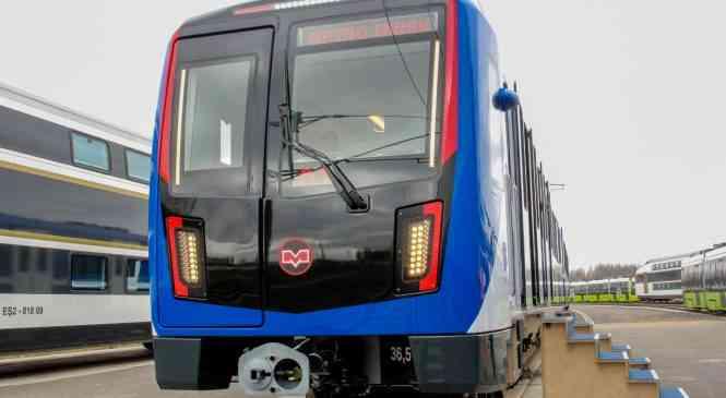 Поезд от Stadler привезли в Минск. Видео с презентации