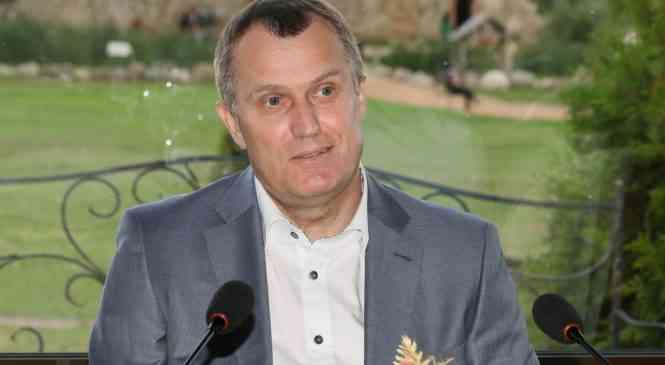 Анатолий Исаченко: «При принятии бюджета будем учитывать болевые точки развития городов-спутников»