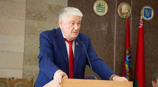 Дзержинский район выдвинул кандидатом в члены Совета Республики авторитетного врача