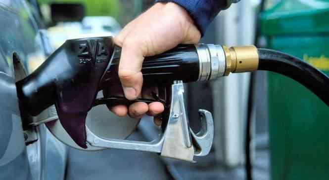 На белорусские АЗС начало поступать зимнее дизельное топливо