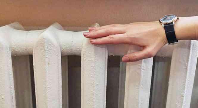 Специалисты объяснили жару в квартирах в начале отопительного сезона