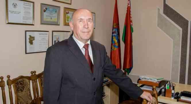Глава Дзержинского райисполкома Николай Артюшкевич ответил на вопросы граждан