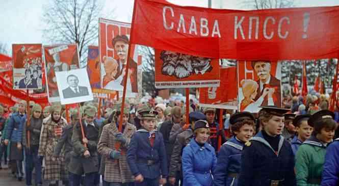 Иначе и быть не могло: Октябрьская революция