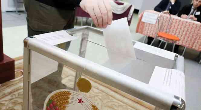 Как проходит голосование на Гастелловском участке №2 в Дзержинске