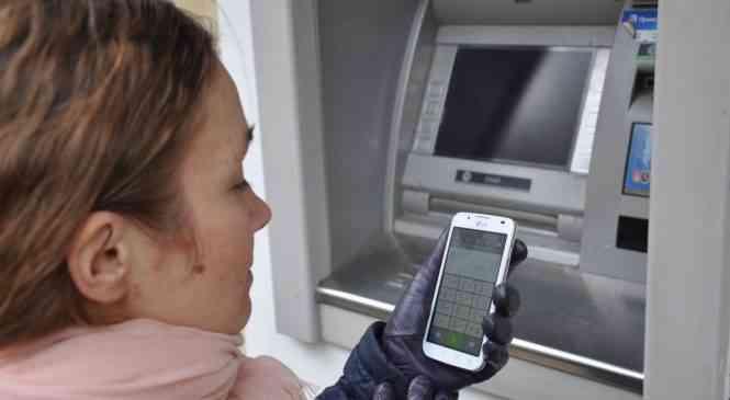 На Минщине значительно увеличилось количество заявлений о хищении денег с карточек
