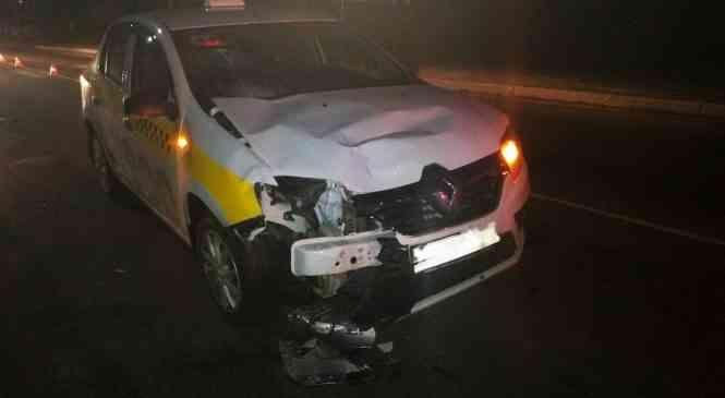 Автомобиль такси сбил двух человек на пешеходном переходе в Дзержинске