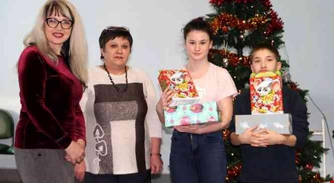 Завершилась новогодняя районная благотворительная акция «Счастливое детство – в семье!»