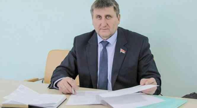 Александр Саракач провел прием граждан и прямую линию