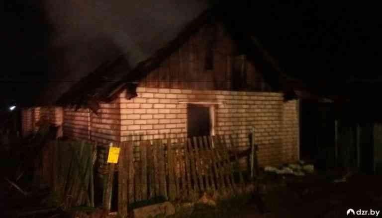 В Дзержинске на ночном пожаре погибли два человека