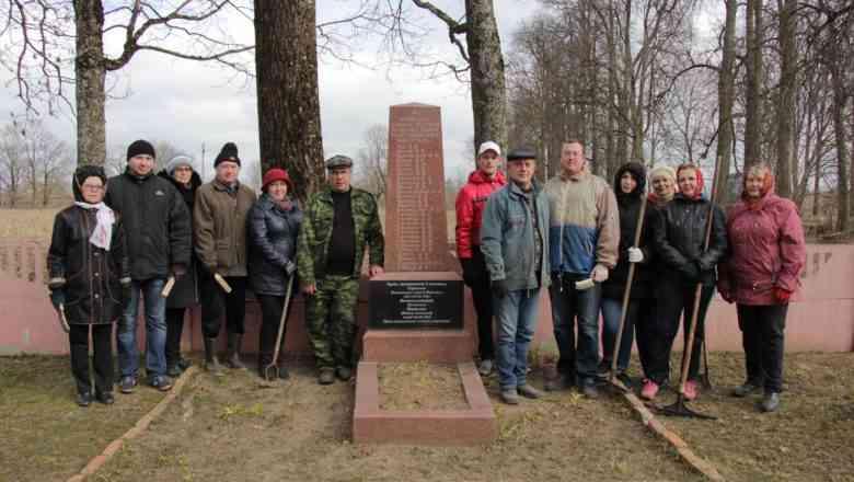 На Дзержинщине проходят завершающие работы  по наведению порядка на мемориалах